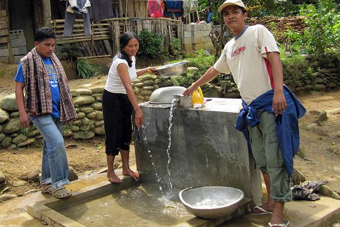 USAID-supported Safe Water Project aims to improve access and levels of service from communal faucets to piped services.